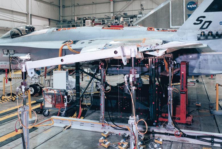 Airplane stress measurements m+p VibPilot
